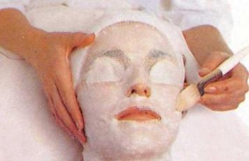 hot-paraffin-wax-facial-know-it-all-for-your-l-znbpqc